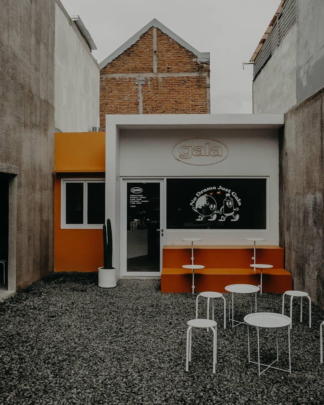 Mô Hình Cafe Ngoài Trời